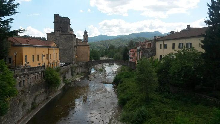Pontremoli!!  #ohmyguide #travel #liguria #pontremoli #viafrancigena #walkingtour
