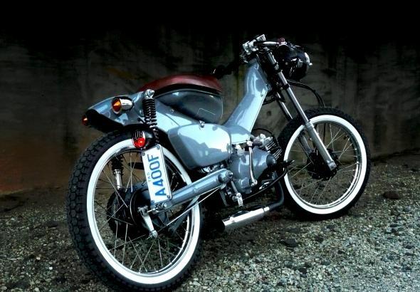 2003 Honda CT 110 Postie Bike