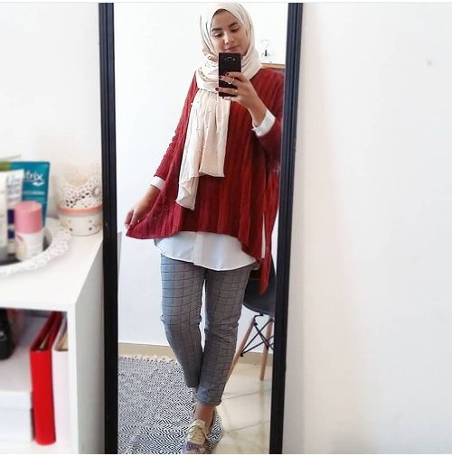 High low sweater with plaid pants-Hijab fashion style in winter – Just Trendy Girls