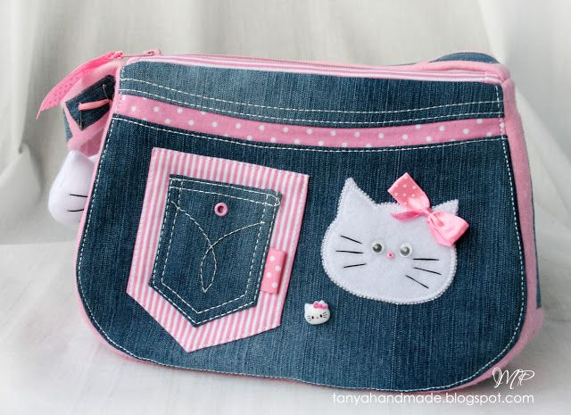 Hello Kitty blue jean bag with pattern
