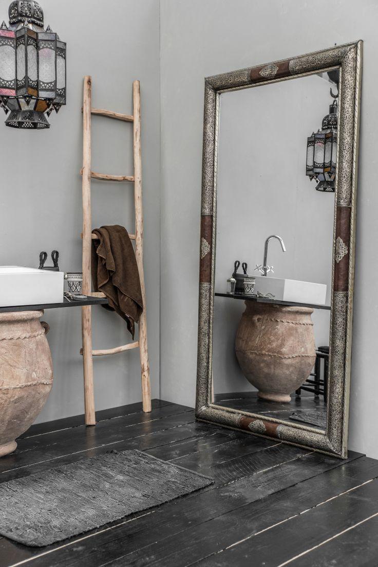 25 beste idee n over hal decoraties op pinterest entree decor ingang kast en de boot kamer - Kamer van rustieke chic badkamer ...