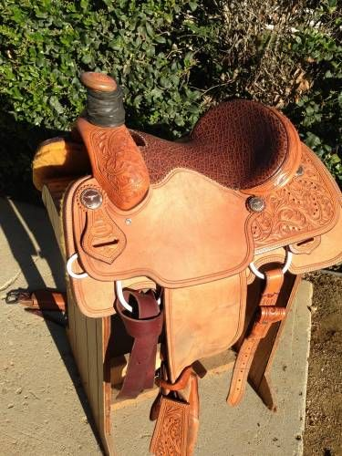 14 inch Billy Hogg Tree Custom Roping Saddle for Sale - For more information click on the image or see ad # 33426 on www.RanchWorldAds.com