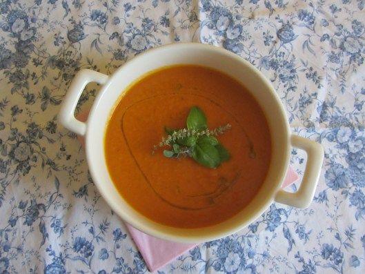 Crema di pomodori e carote   A casa con la mamma