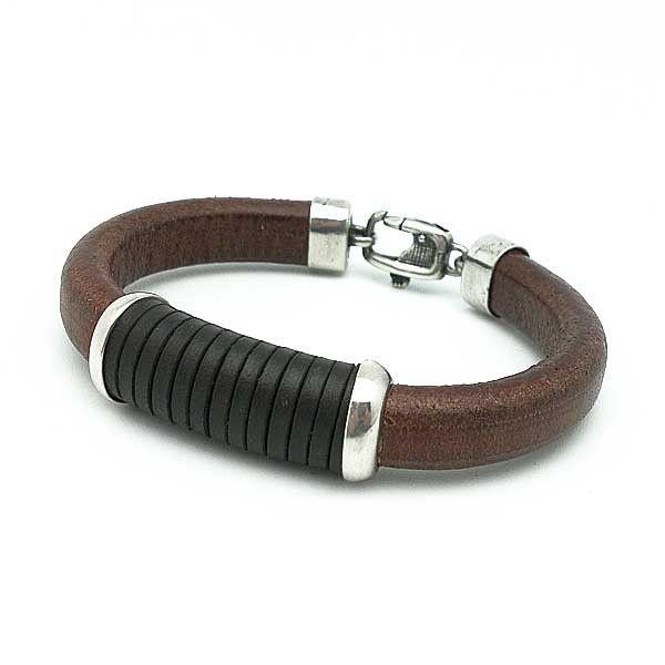 Pulsera en cuero y plata de ley / Leather and Sterling Silver Bracelet || Available in www.tiendasduarte.com @tiendasduarte