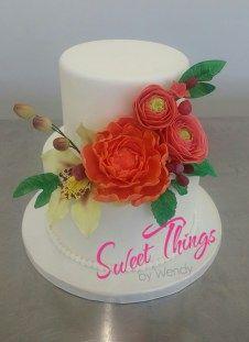 Sugar flower cake - sweetthingsbywendy.ca