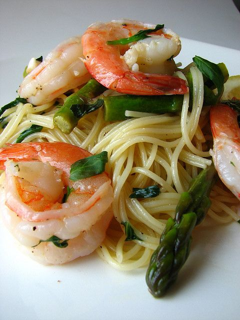 Pasta with Shrimp, Asparagus, and Basil Wine Sauce by britton618, via Flickr