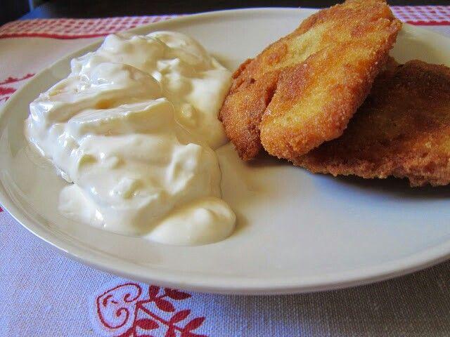 Rántott tőkehalfilé, majonézes burgonyasaláta
