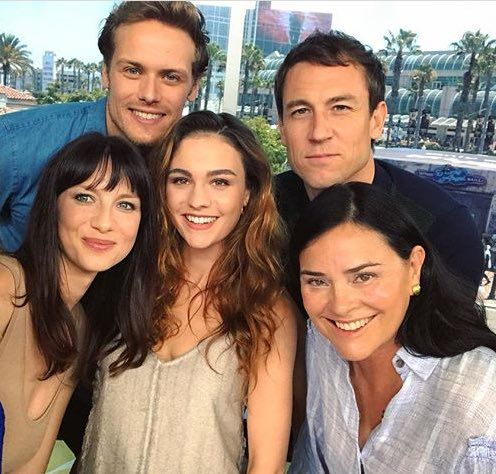Caitriona Balfe (Claire Randall Fraser), Sam Heughan (Jamie Fraser), Tobias Menzies (Frank and Jonathan Randall), Diana Gabaldon (author) and Sophie Skelton (Brianna Randall).