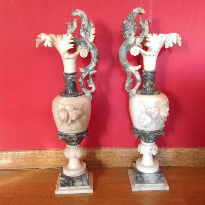 Catawiki online auction house: A pair of alabaster Amphora - France - ca. 1800