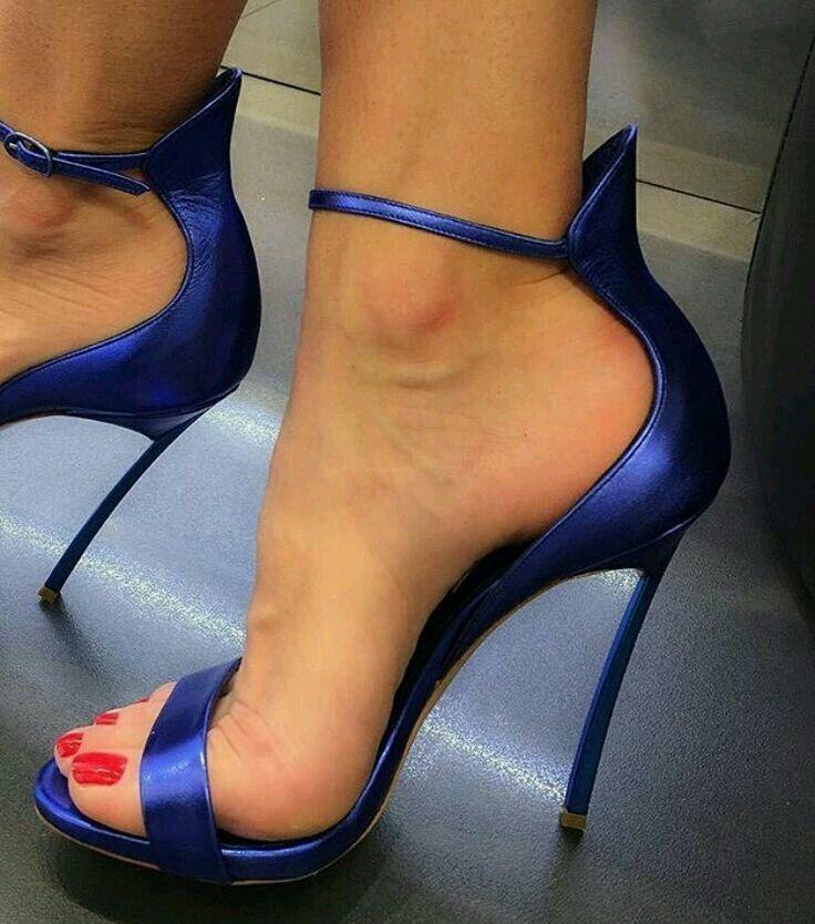 Yup, high heels just turn me the fuck on. #shoeshighheelsstilettos
