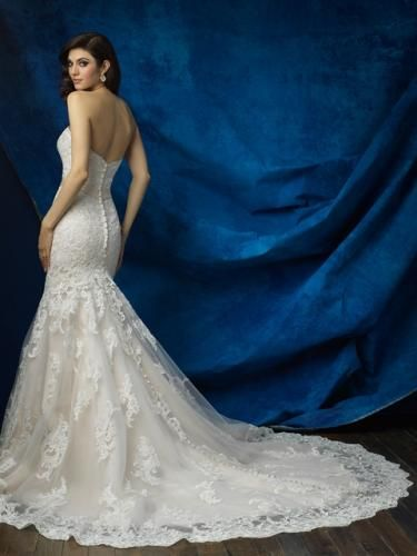 Igen Szalon Allure Bridals wedding dress- AB9368 #igenszalon #AllureBridals #weddingdress #bridalgown #eskuvoiruha #menyasszonyiruha #eskuvo #menyasszony #Budapest