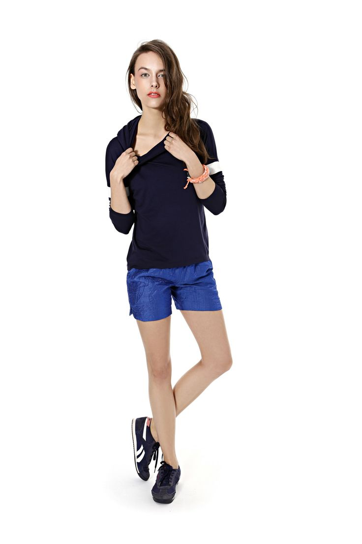 Spring summer 2014, dark blue hoodie, cornflower blue sporty shorts. #sportystyle #cornflowerblue