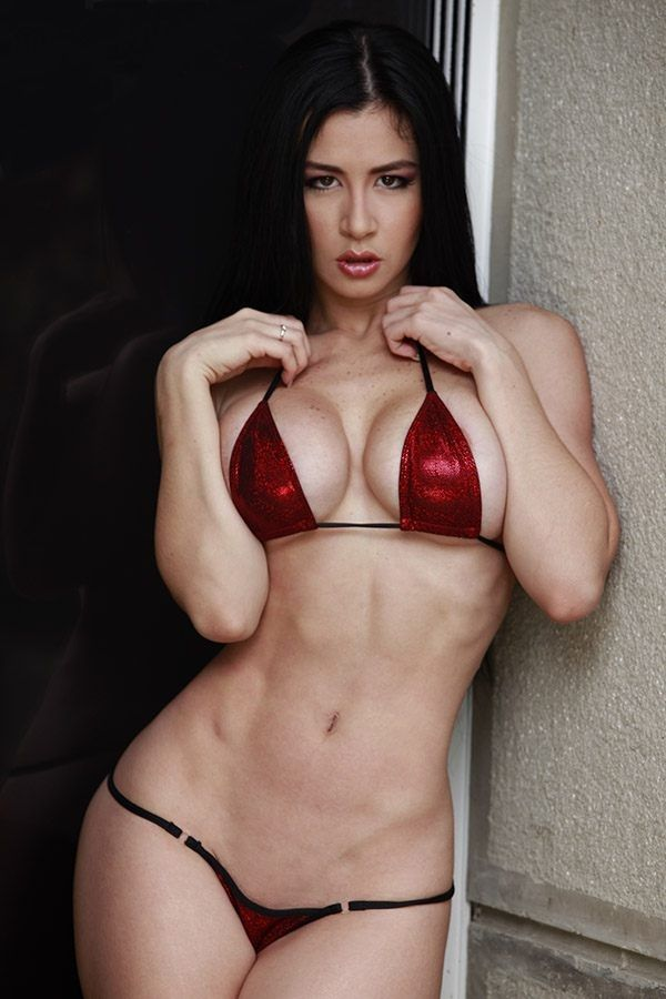 Diosa canales venezuelan vedette gets naked for playboy - 2 1