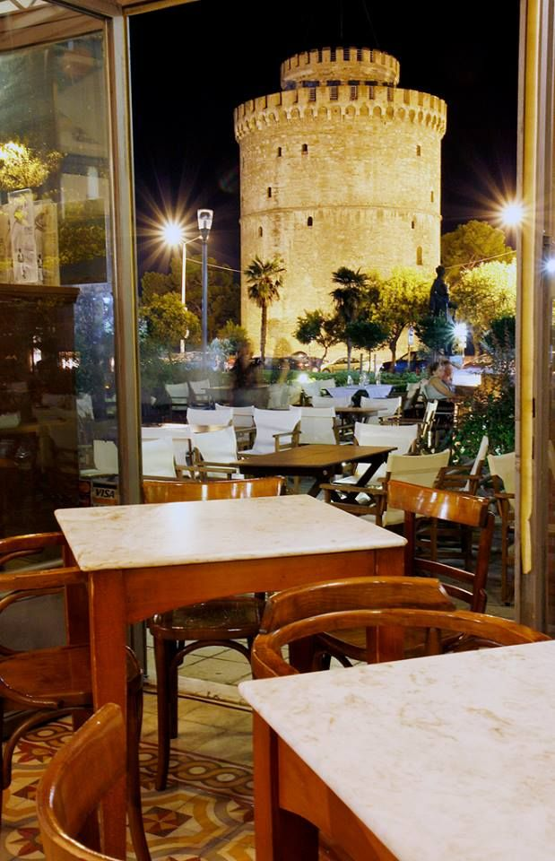 What more to ask? Enjoy the view of the Thessaloniki with your favorite cold beer in www.statusbeer.gr