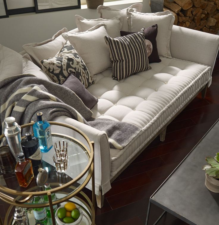 (https://www.zinhome.com/theory-upholstered-daybed-couch/)
