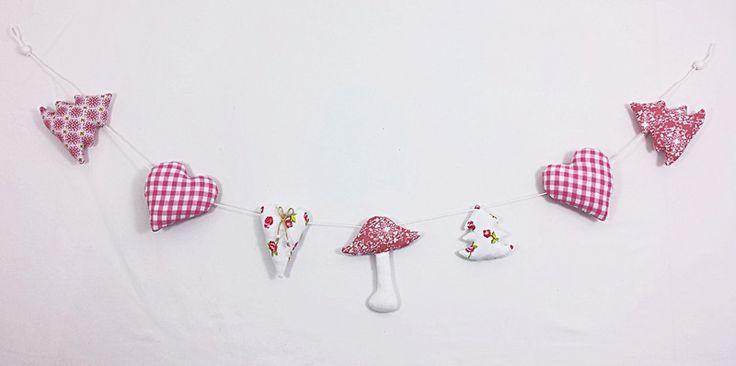 Weihnachtsdeko - Girlande rosa Pilz Stoff Landhaus Baumschmuck - ein Designerstück von Raum-aus-Stoff bei DaWanda