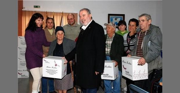 Câmara de Loulé distribui Cabazes de Natal!