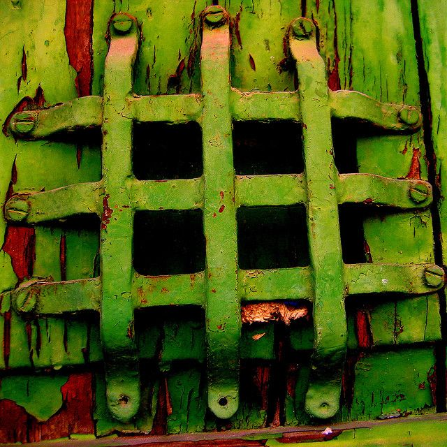 Green | Grün | Verde | Grøn | Groen | 緑 | Emerald | Colour | Texture | Style | Form | Pattern | Rust
