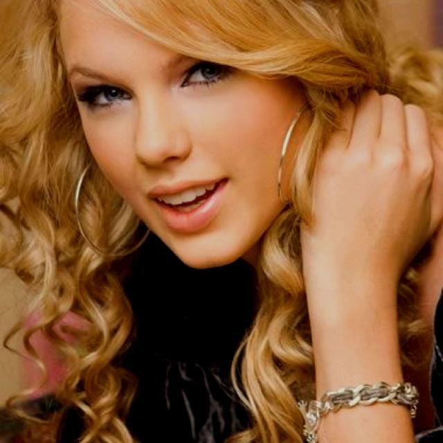 Taylor swifts hair