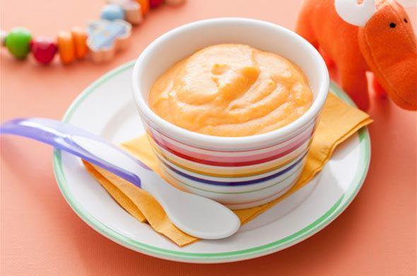Onctueuse purée de légumes d'hiver pour bébé. Plus de recettes pour bébé sur www.enviedebienmanger.fr/idees-recettes/recettes-pour-bebe