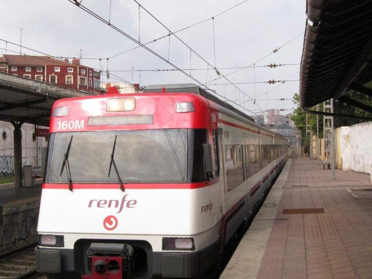 Una avería en una puerta de un tren de Cercanías en la estación de Villaverde Bajo ha generado una pequeña explosión provocando el caos entre los viajeros