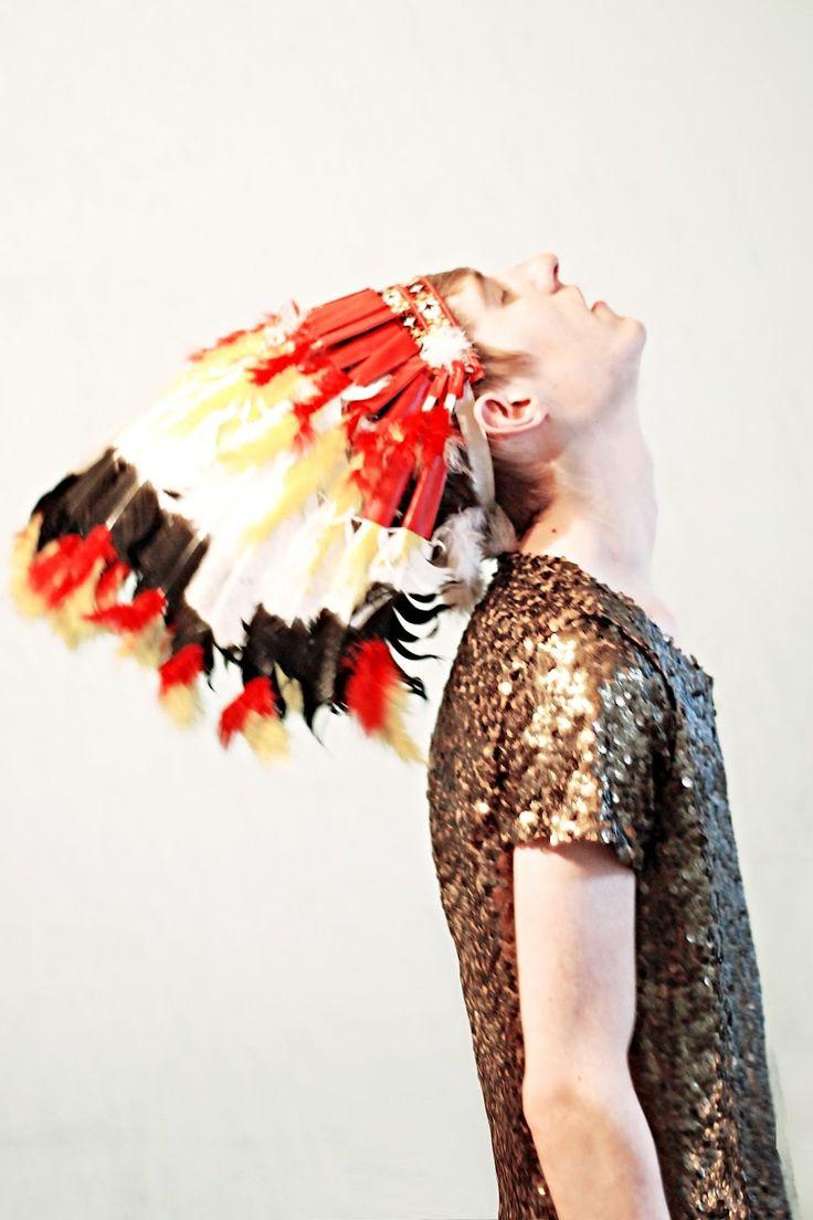 Sequins Indian, But, Sequins Parties, Baej Sabolepszi, Saia Mini-Sequins, Parties Ideas, Quirky Fashion, Fashion Photograpy, Wojtek Poznań