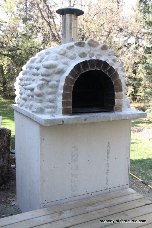 Rocket stove pizza oven via The Feral Turtle