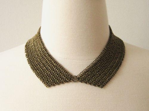 chain collar tutorial: Diy Chainmail, Chains Collars, Woven Chains, Necklaces Tutorials, Diy Necklaces, Peter Pan Collars, Collars Necklaces, Chains Maill, Chainmail Collars