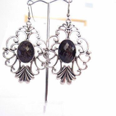Black silver fashion earrings