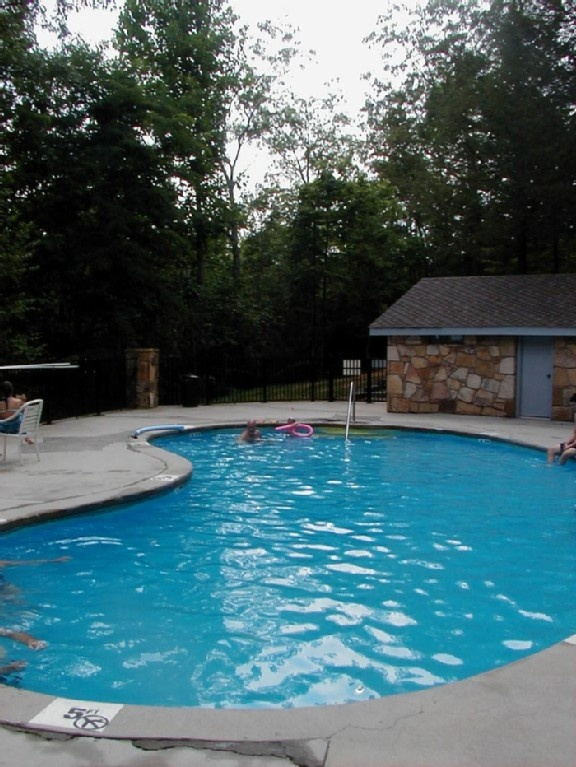 Cobbly nob vacation rental vrbo 472776 1 br gatlinburg for Smoky mountain cabin rental with private pool