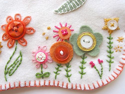 sweet detail - embroidered button flowers