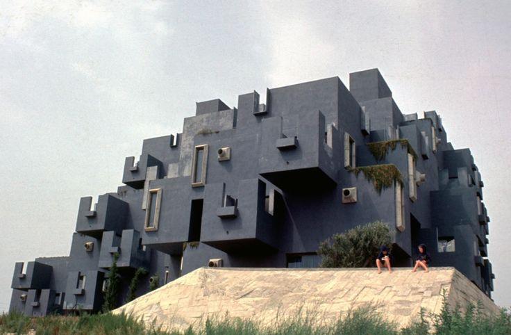 Clásicos de Arquitectura: Castillo Kafka / Ricardo Bofill