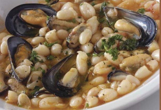 Zuppa di fagioli e cozze