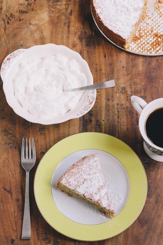Tarta de Santiago - Spanish Almond Cake Recipe #glutenfree