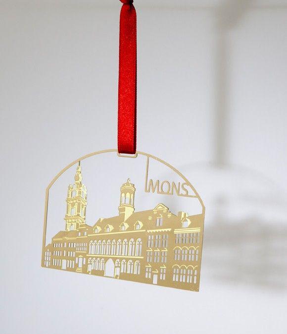 Suspension de Noël, hôtel de ville de Mons