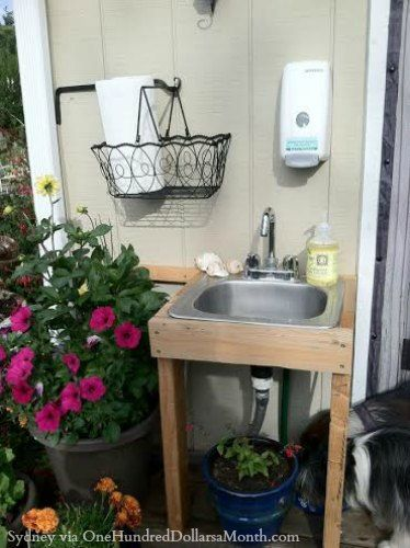 outdoor garden sink -- Ooo I want one!  Maybe with a water barrel on a stand next to it to collect rain water.
