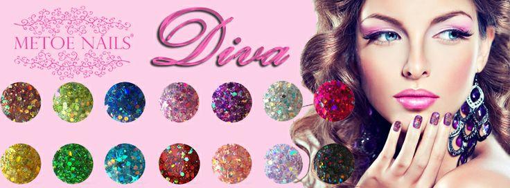 Diva Glitter Acryl. Deze Glitter Acryl poeders van de Diva lijn van Metoe Nails zijn ontwikkeld voor het creëren van kleurrijke achtergronden. Ook voor andere toepassingen, zoals accenten en bloemen zijn deze poeders uitermate geschikt.