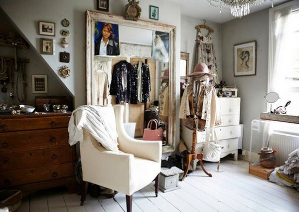 Captivating The Pale Hues, Lived In Feel, Incredible Pieces, Slight Crookedness   And  That Dressing Room!