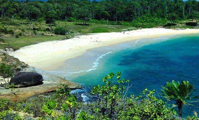 Wisata Aceh - Pasi saka (indonesia : Pasir Gula) merupakan nama dari sebuah tempat wisata pantai aceh terbaru yang terletak di sebuah kecamatan di Aceh Jaya.