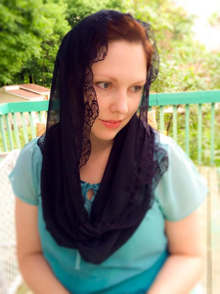 Black Mantilla Veil, Black Mantilla Infinity Chapel Veil, Church Infinity Scarf, Church Veil, Veil for Mass, Chapel Veil, Catholic Veil