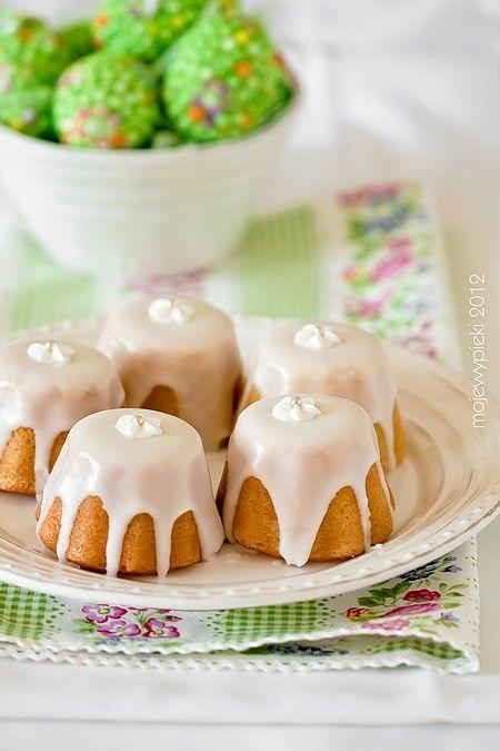 Babeczki jogurtowe z nutką cytrynową #wielkanoc #Amica #inteligentnystyl www.amica.com.pl