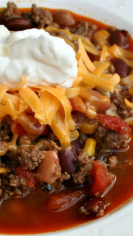 Easy Taco Soup Recipe looks like a cross between chili and tortilla soup