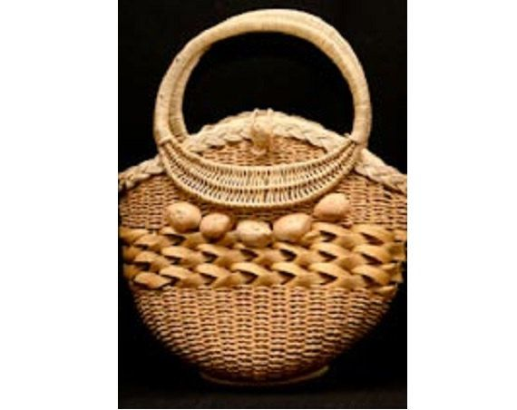 tan purse - Basketry Bags on Pinterest | Wicker, Rattan and Baskets