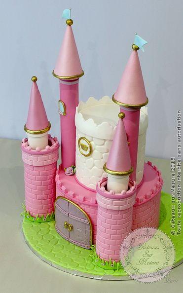 Les 25 meilleures id es de la cat gorie g teaux ch teau de for Image chateau princesse