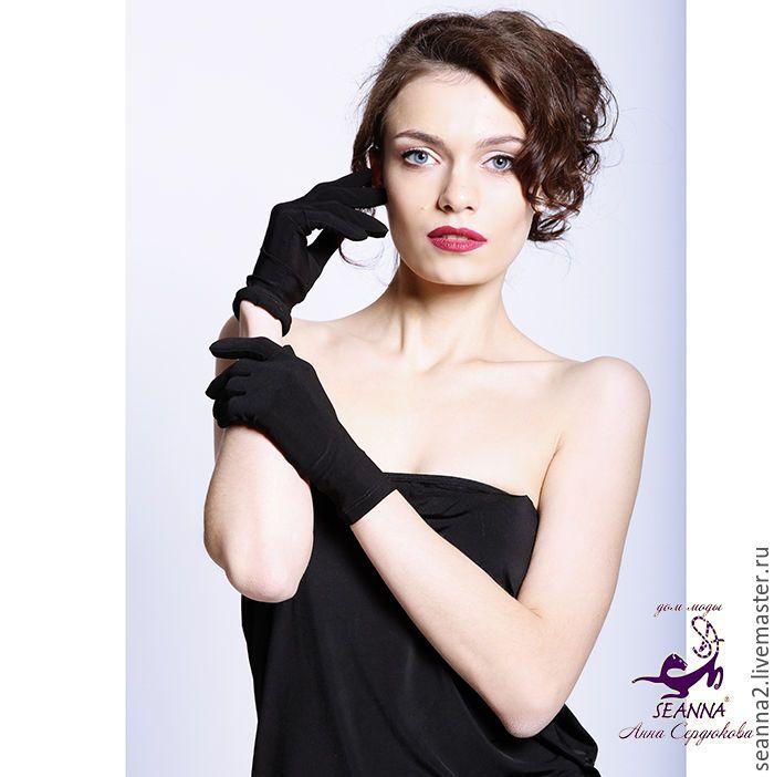 Купить Женственные изящные перчатки из замши-стрейч черно-графитовой - темно-серый, перчатки