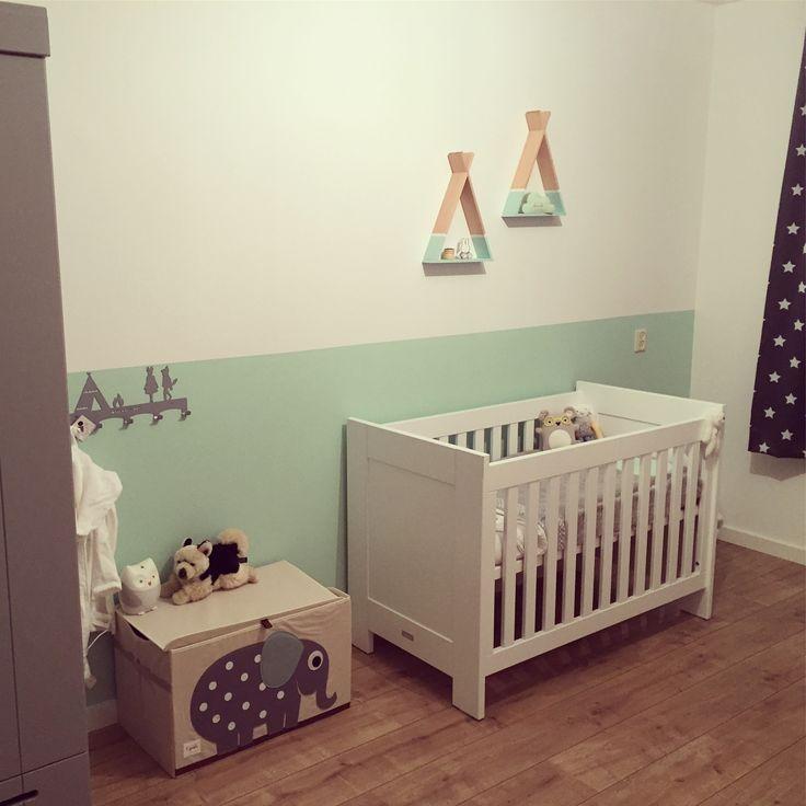 Babykamer van ons zoontje Sepp! Mintgroen en lichtgrijs
