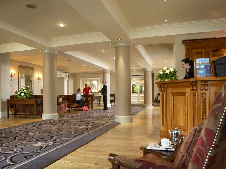 A warm welcome awaits you at Hodson Bay Hotel...