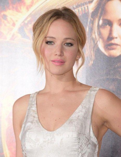 Hollywood est-il sexiste ? http://www.elle.fr/People/La-vie-des-people/News/American-Bluff-Jennifer-Lawrence-moins-bien-payee-que-les-acteurs-2869582