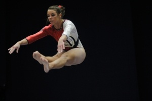 Senior gymnast Aubree Cristello finishes collegiate career by making #Arizona #gymnastics history
