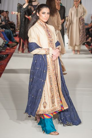 This is the image gallery of Sonya Battla Dresses 2013-2014 at Pakistan Fashion Week 5. You are currently viewing Sonya Battla Dresses 2013-2014 at Pakistan Fashion Week 5 (15). All other images from this gallery are given below. Give your comments in comments section about this. Also share stylehoster.com with your friends.  #sonyabattla, #bridaldresses, #bridaldresses2014, #weddingdresses, #pakistanibridal, #pakistaniwedding, #pakistanfashionweek